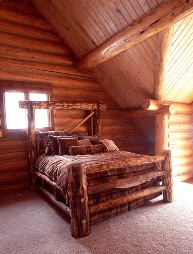 bedroomsm.jpg