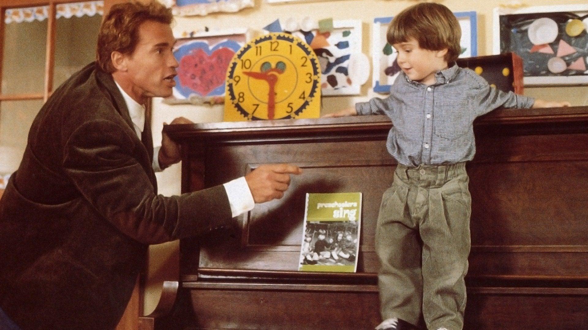 Review Kindergarten Cop 1990 3 Brothers Film