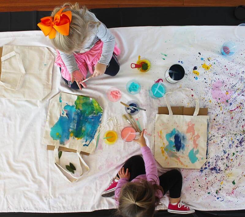 DIY-kids-gift-craft-painted-tote-how-to-gift.jpg