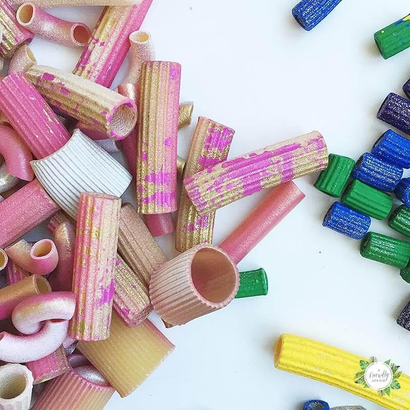 luxe-noodle-necklace-DIY-kids-craft-noodles.jpg