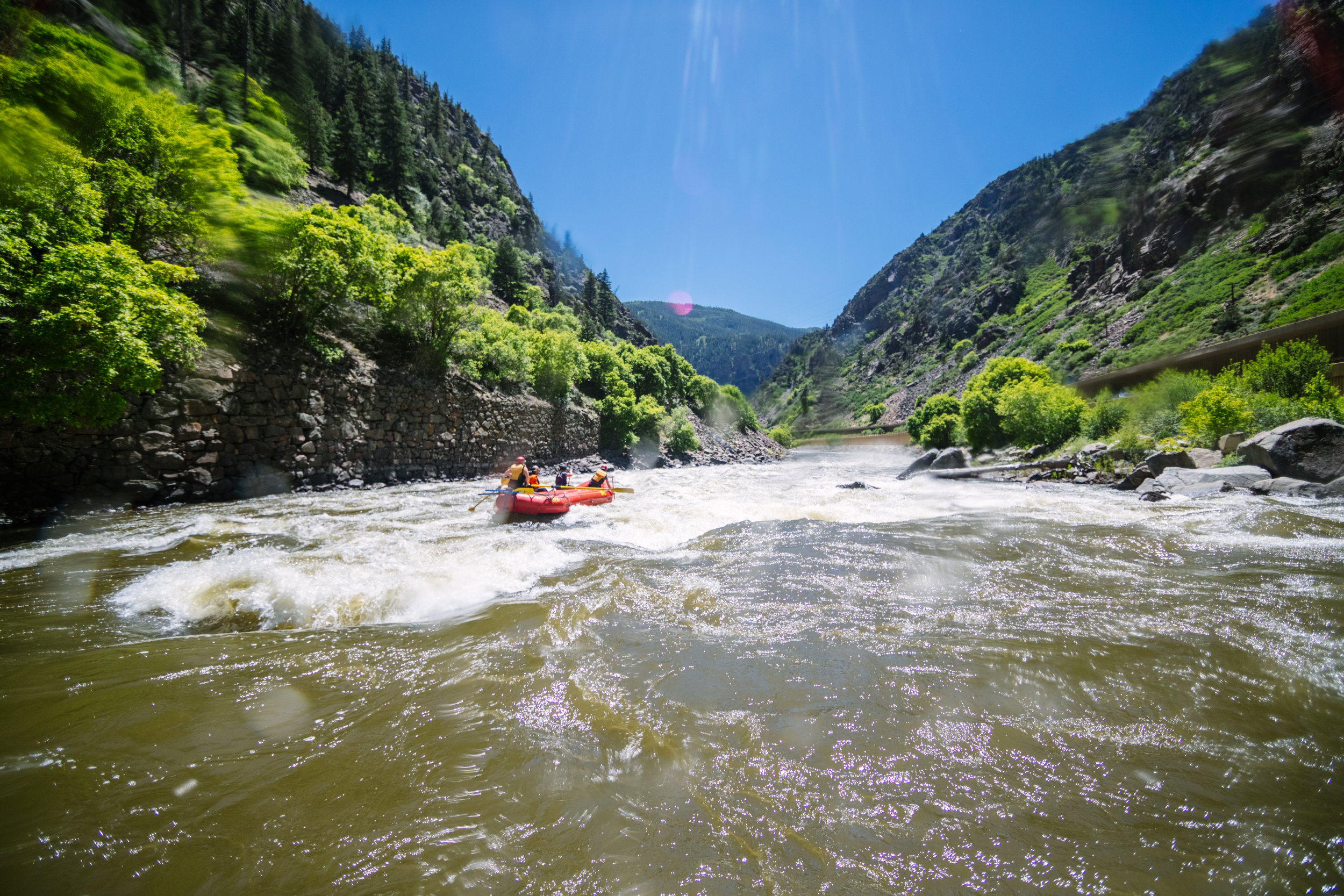 SHOSHONE SHORT - a satisfyingly quick whitewater rafting experience.