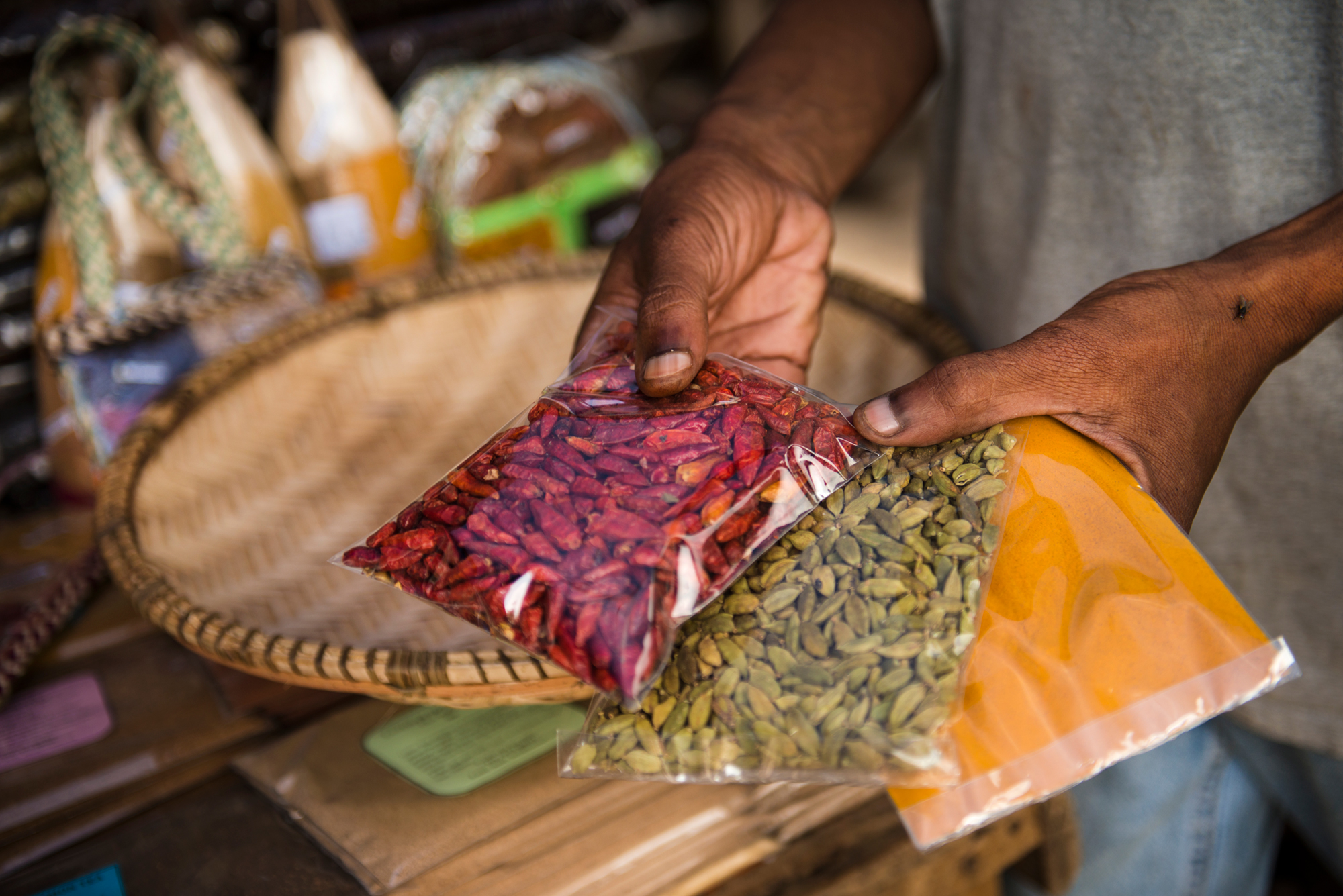 spices-on-local-markt-in-zanzibar.jpg