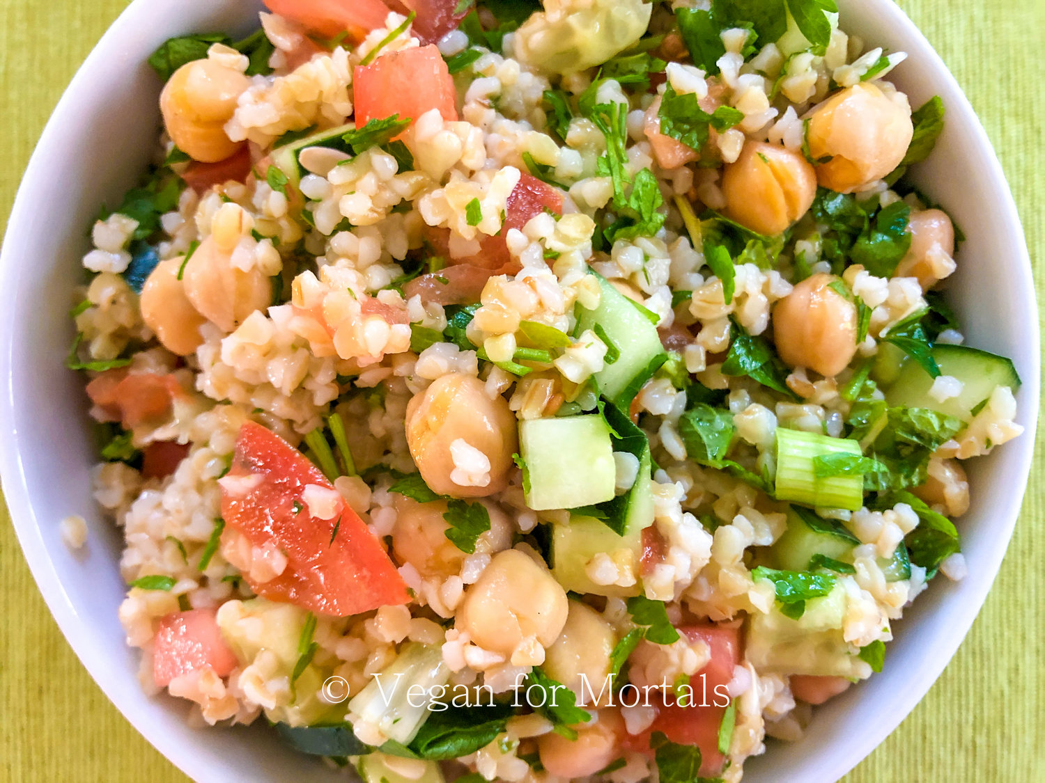 Tabbouleh - Tabbouleh is such a simple salad that packs a ton of flavor and nutrients. This is great for a pot luck or for lunches throughout the week. I also like to fill up pita bread with hummus, lettuce, and a couple scoopfuls of tabbouleh!