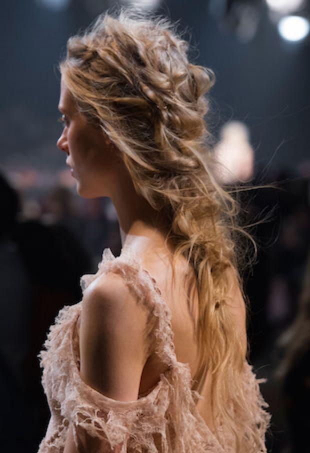 alexander-mcqueen-hair-stitching-p.jpg