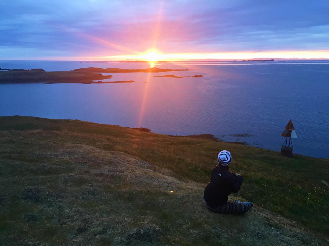 GOAL TRAVELER-ICELAND-SUNSET.jpg