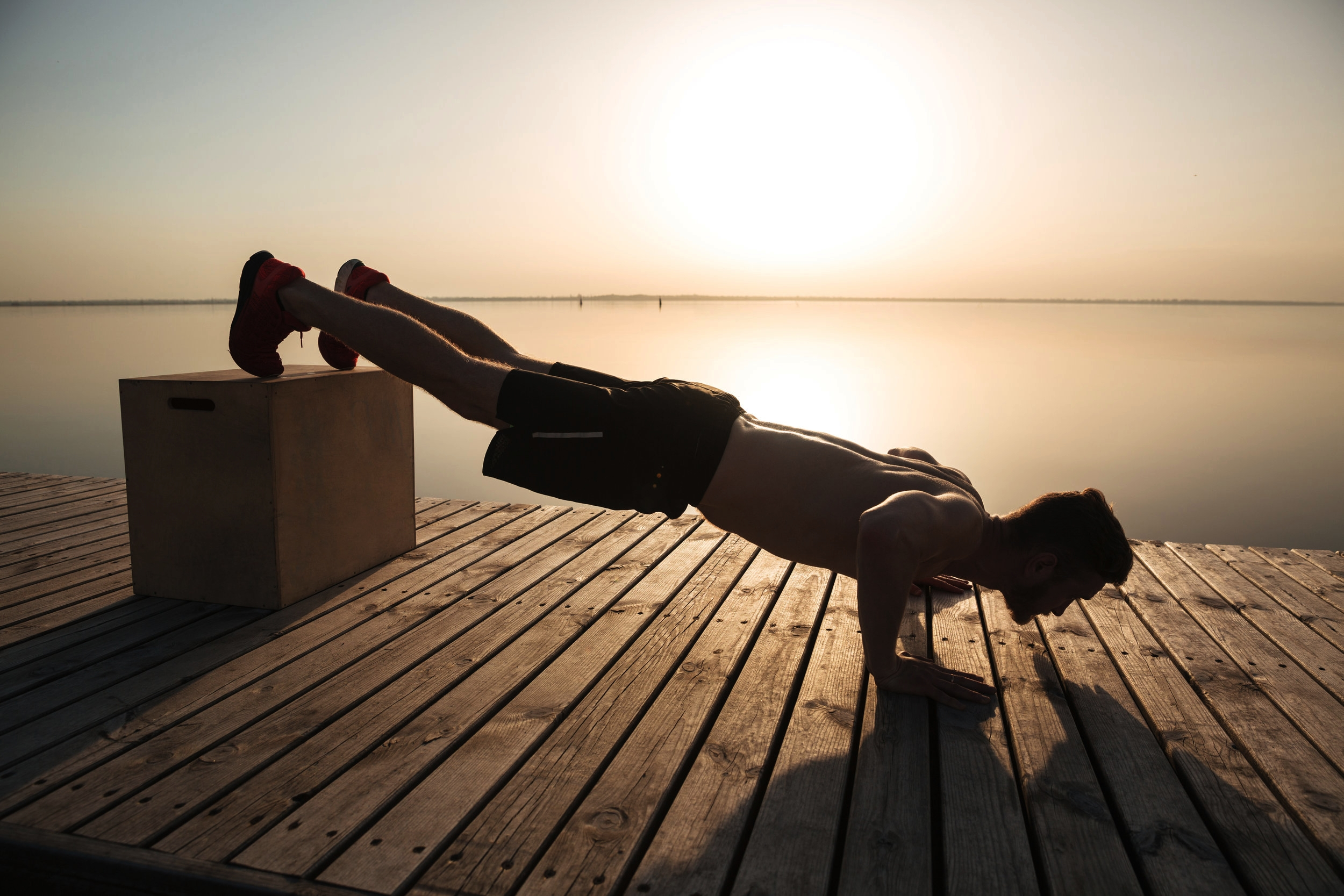 A COMPREHENSIVE BODYWEIGHT ROUTINE(WITH VIDEOS) - (click to read)