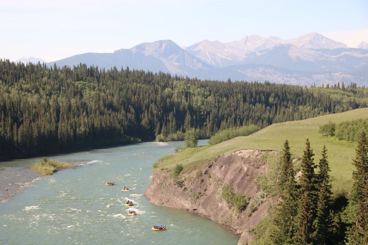We chose the Horseshoe Canyon rafting trip down the Bow River for our Canadian White Water Rafting adventure. Photo: Chinook Rafting