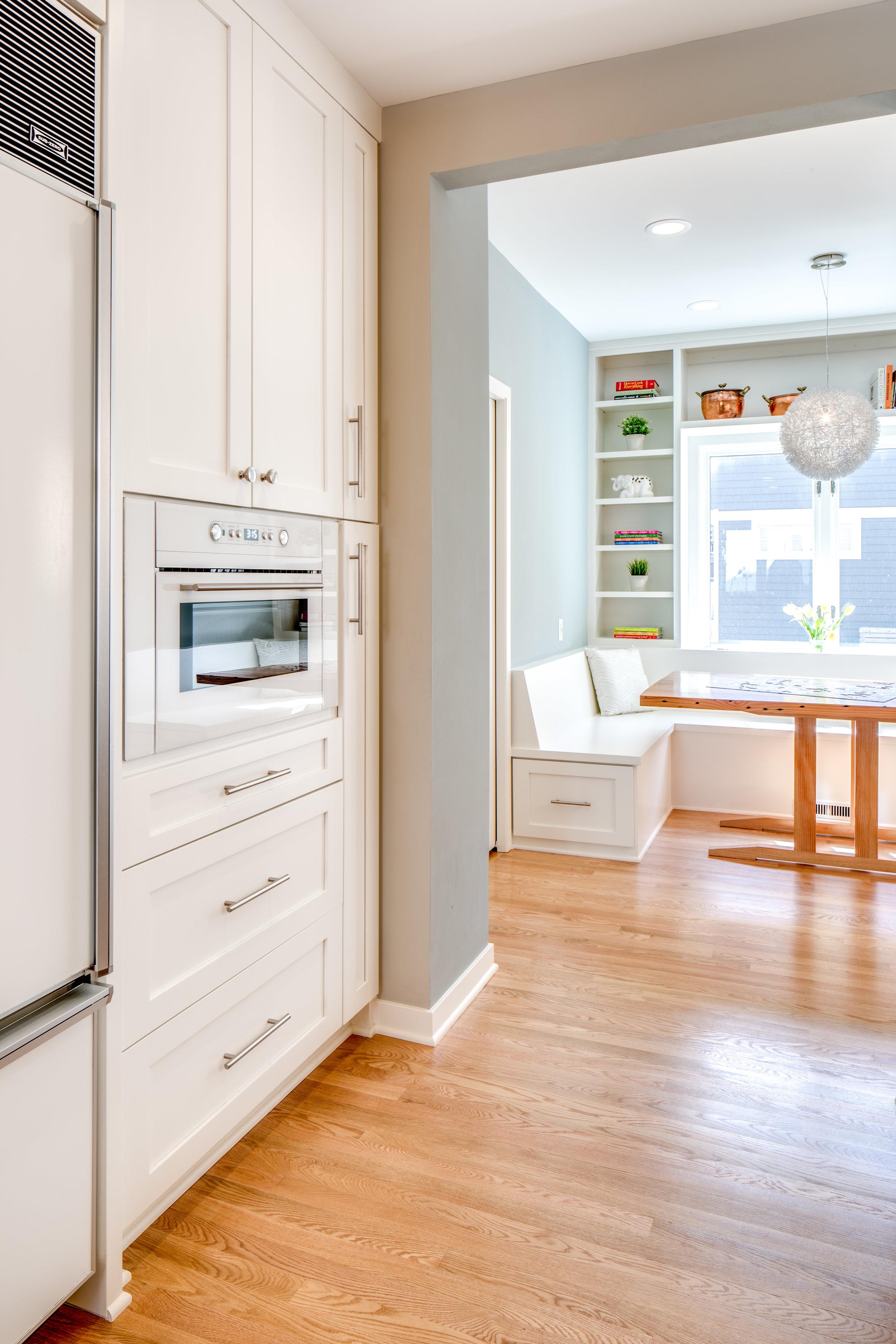 9 Modern Kitchen.jpg