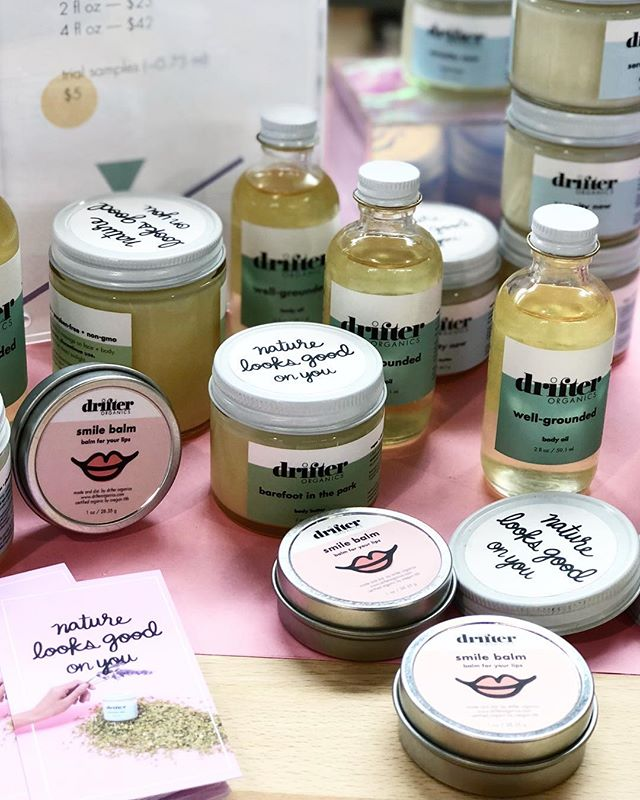Hey girl, nature looks good on you.  @drifterorganics mother-daughter duo makes these luscious body and lip butters that we are lusting after! 😍