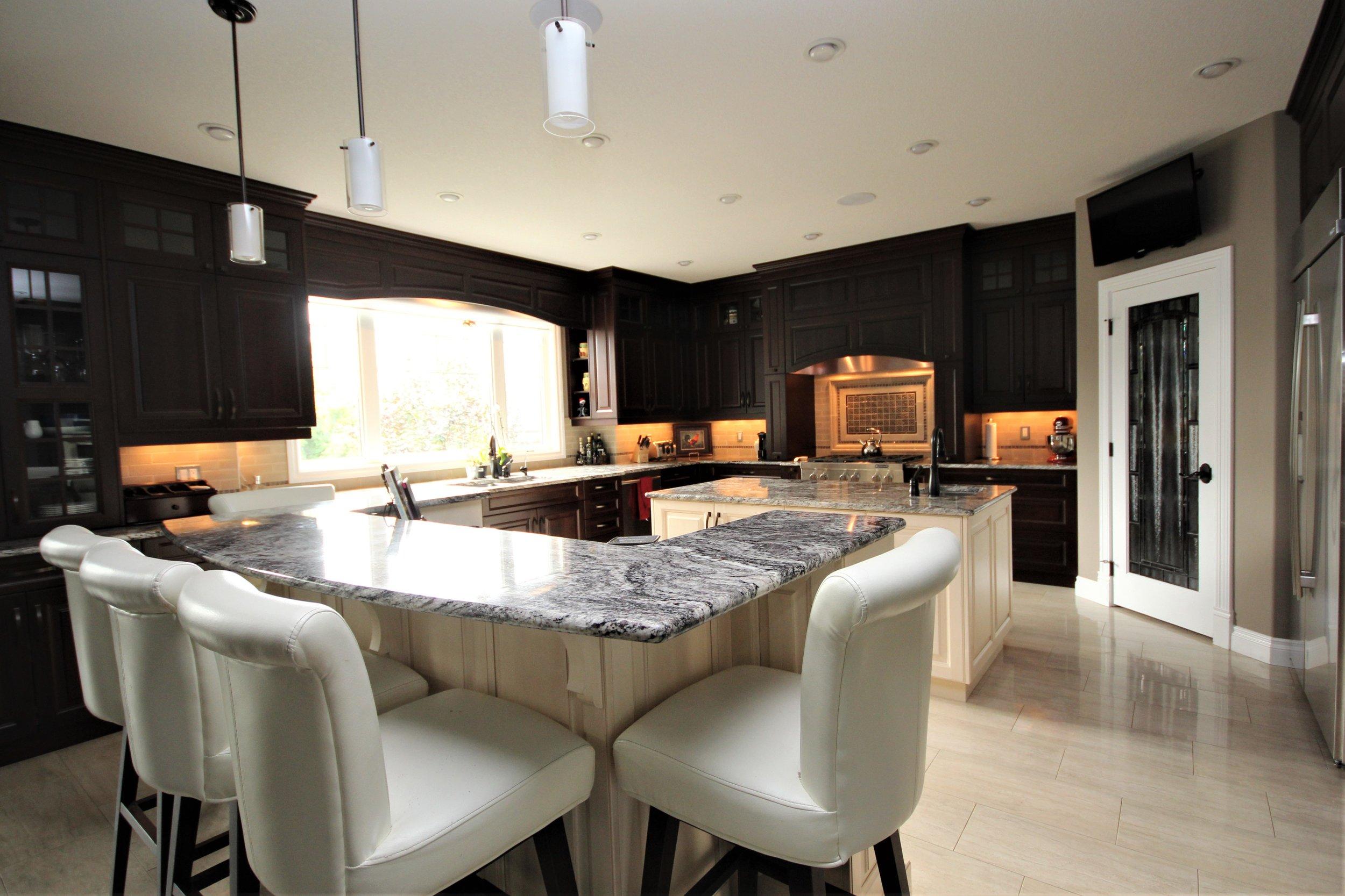 luxury-show-home-edmonton-1