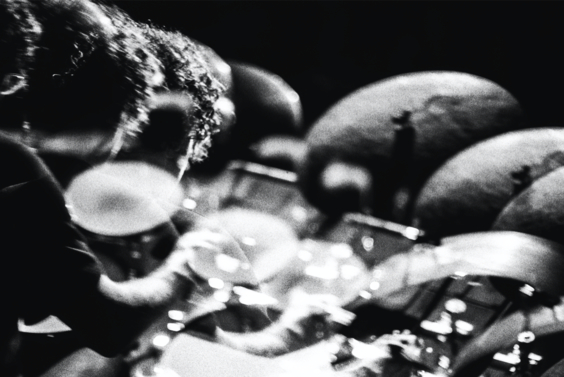 Laurence_MultipleCymbals.jpg