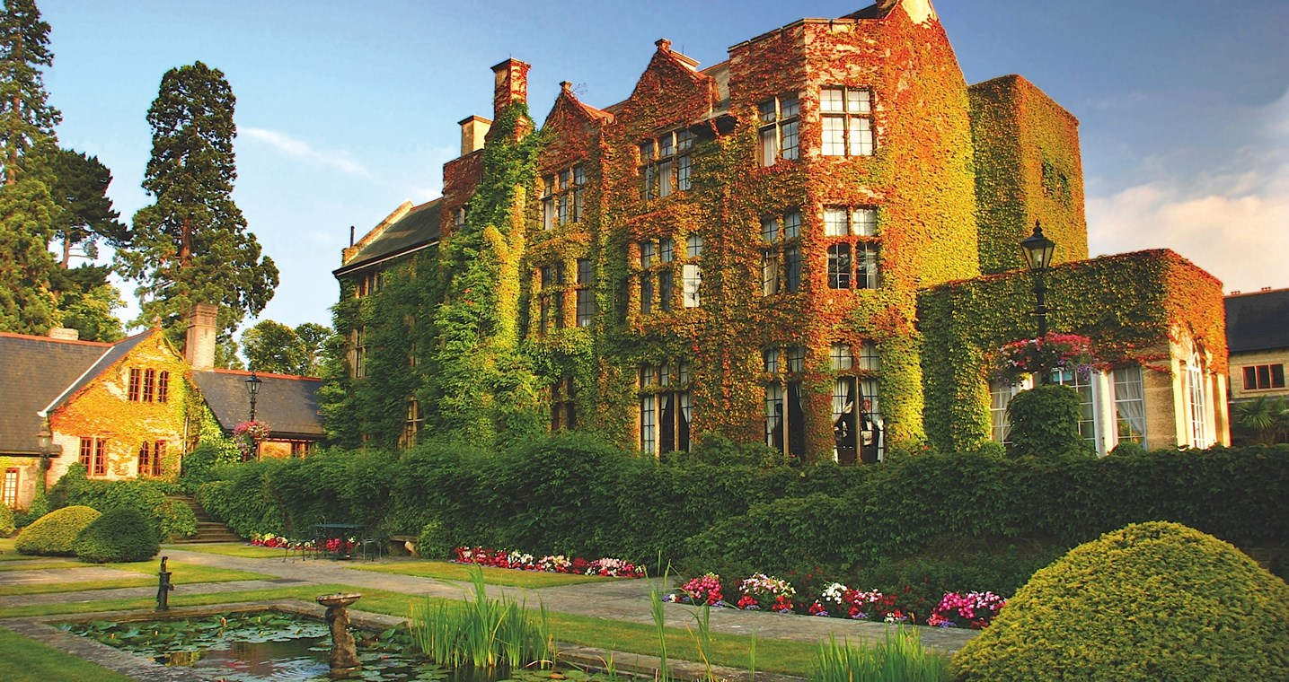 PennyHill_Park_Outisde.jpg