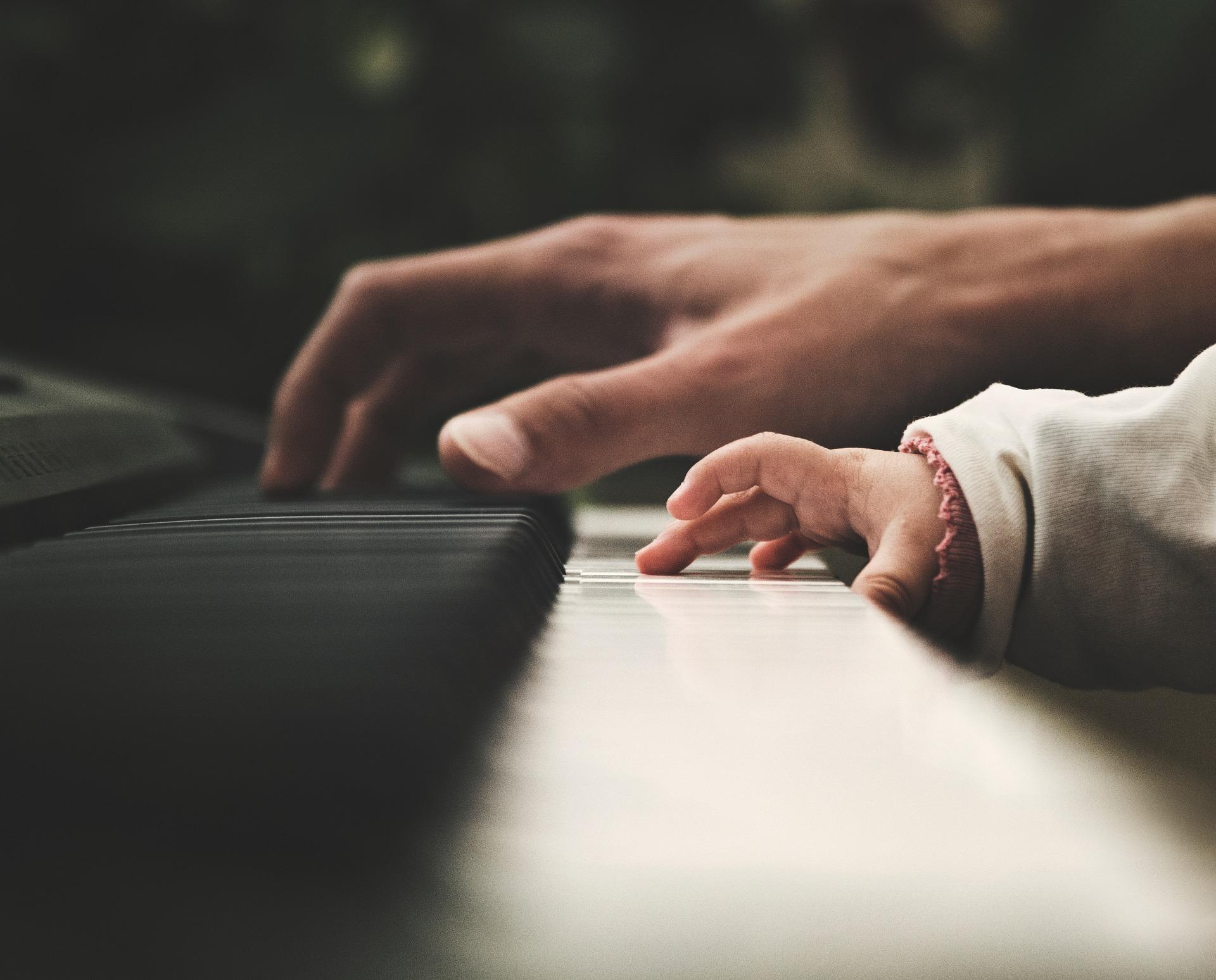 piano-2564908_1920.jpg