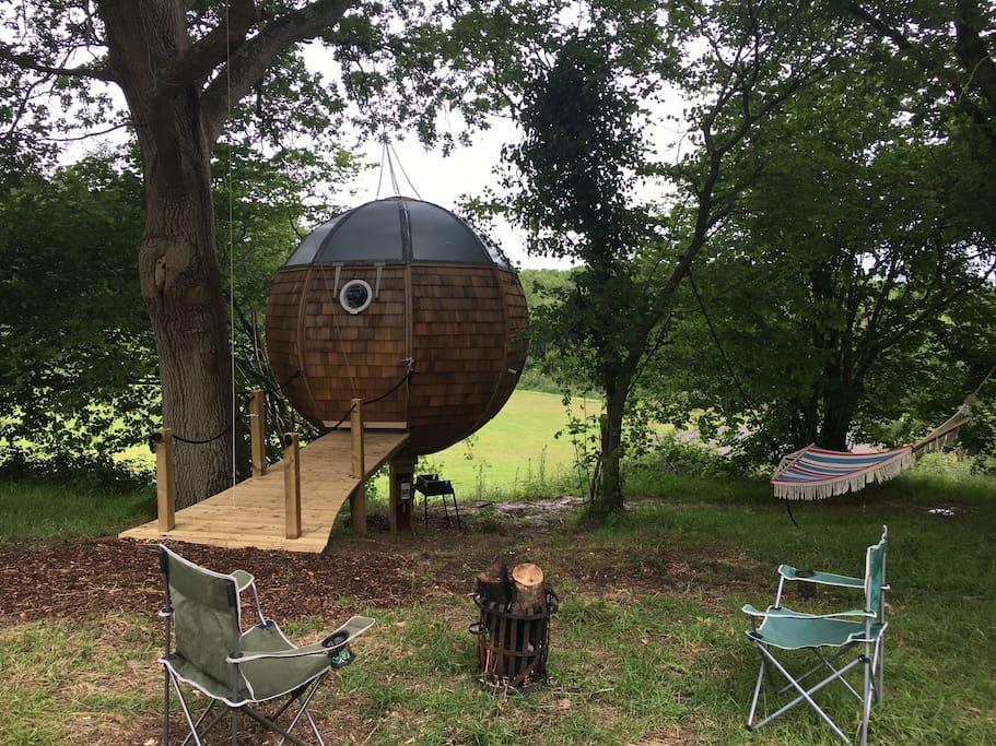 Partyfield Dorset party field tree house 2.jpg