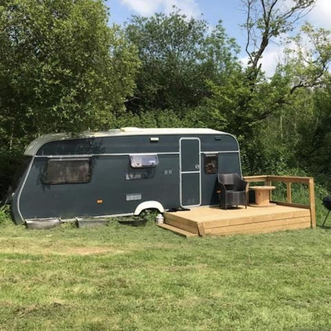 Retro Caravan - Sleeps 4 with everything you need for a cosy adventure away from it all...