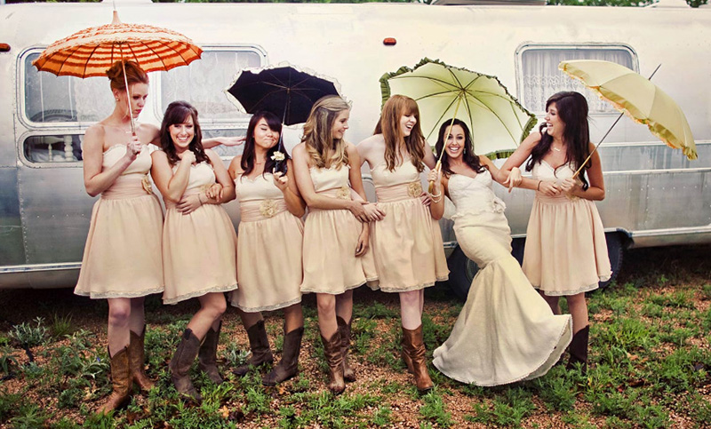 Partyfield-Dorset-airstream-trailer-wedding.jpg