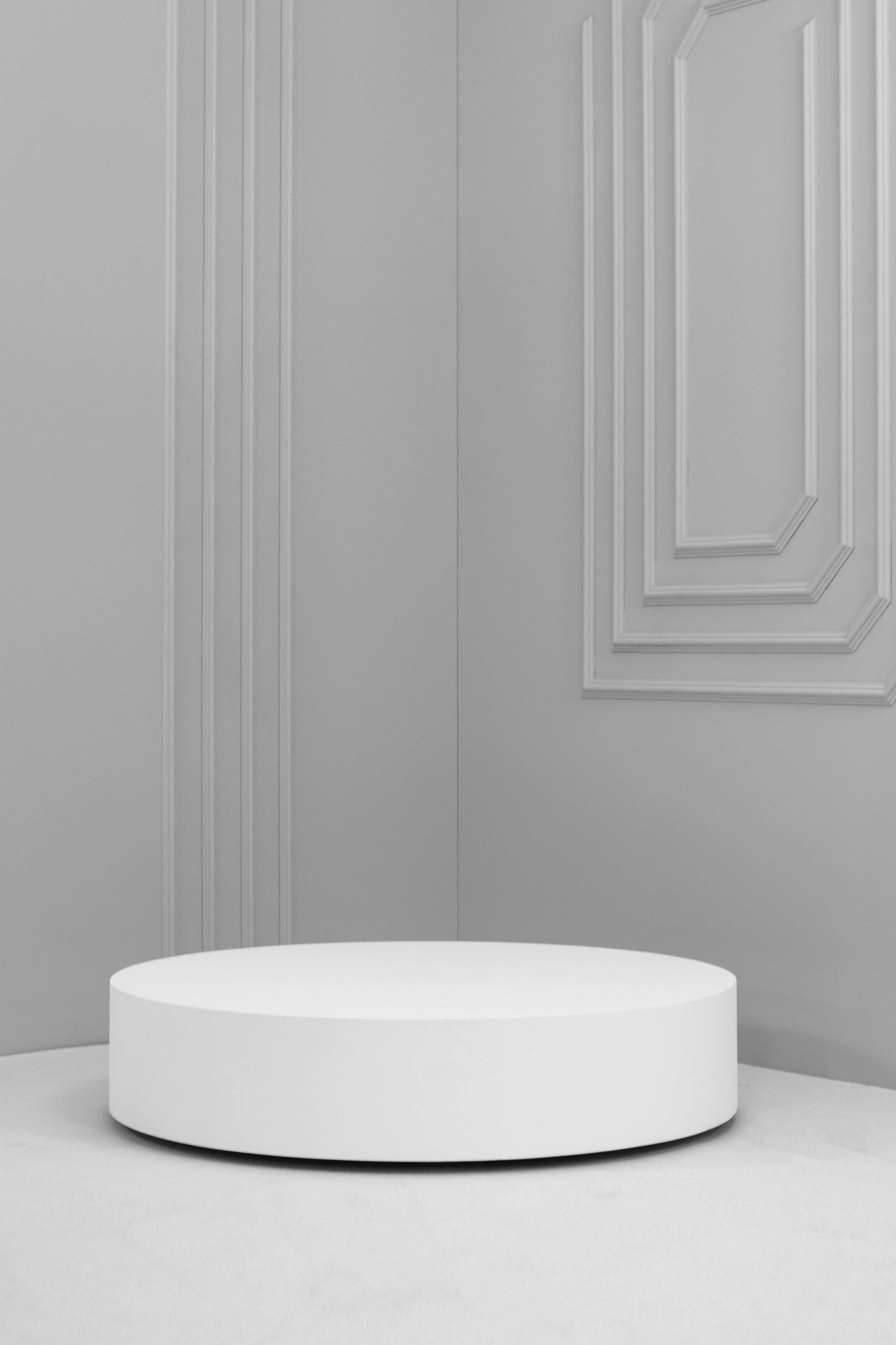 Low Round Plinths