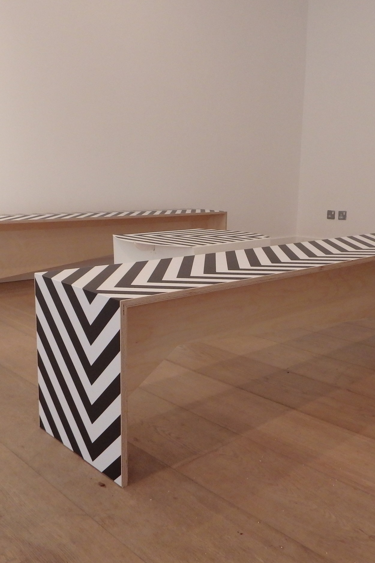 Graphic Bench Seat.JPG