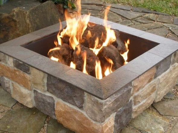 Fireplaces - A small firepit, firebowl or custom structure.