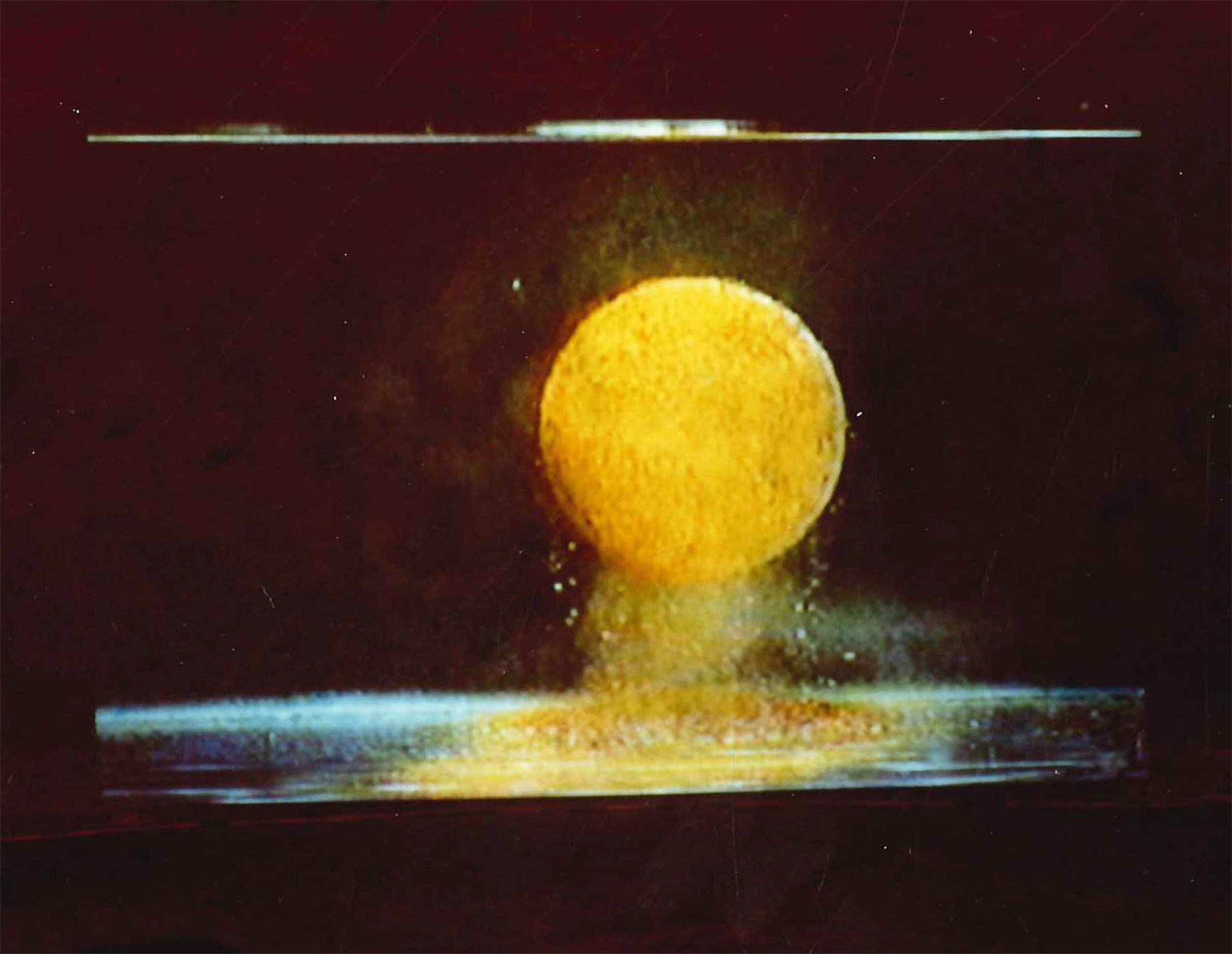 10/08: ANNE AUSLOOS - 'SUSPENSIE'   + Charles & Ray Eames - 'Powers of Ten'