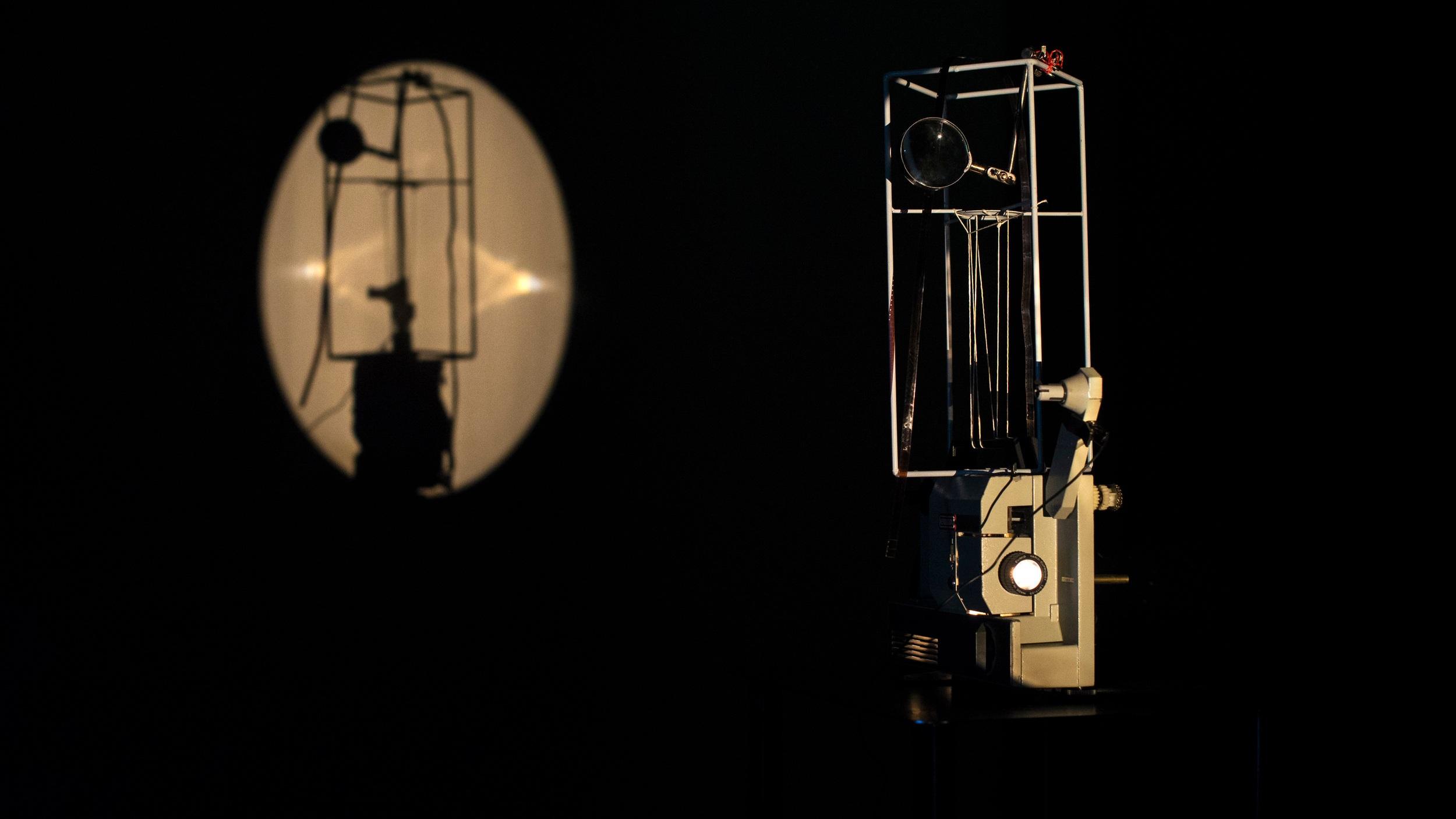 17.02.2019 - Hooman Jeddy neemt u mee door zijn expo+ Sergei Paradjanov - 'Sayat Nova' Het Bos, Antwerp - 20u30 / €5
