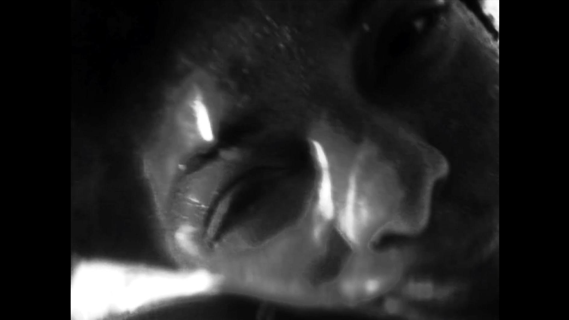 18.02.2019 - Lazara Rosell Albear - 'Yoko Osha_Volume II'+ Mary Jimenez - 'Face Deal'Het Bos, Antwerp - 20u30 / €5