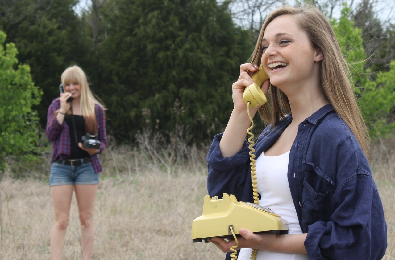girls on phone.jpeg