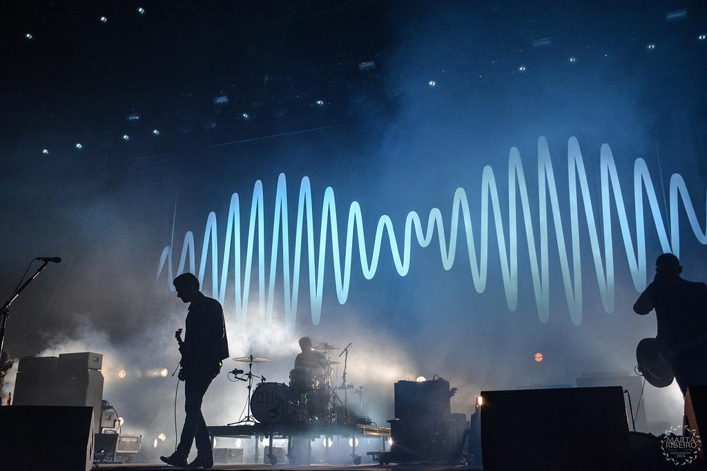 Arctic Monkeys @ Optimus Alive '14 por Marta Riveiro
