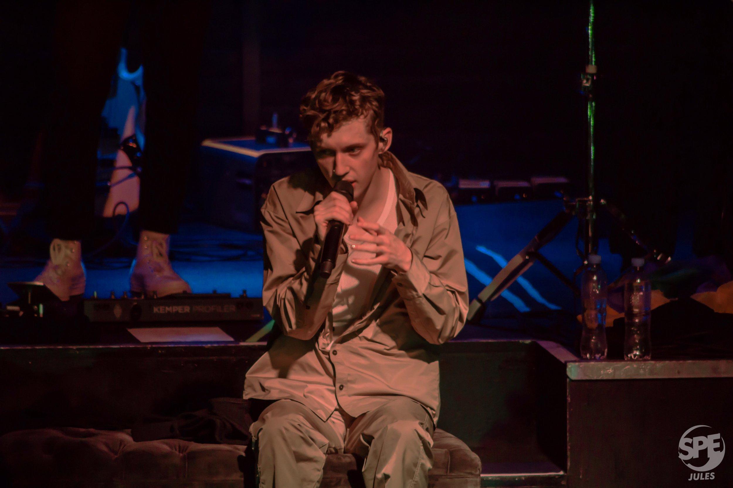 TROYE SIVAN - 28.03.019 @ NICETO CLUBEl joven autor de éxitos como 'WILD' y 'FOOLS' llegó a Niceto con un esperado sideshow del Lollapalooza.