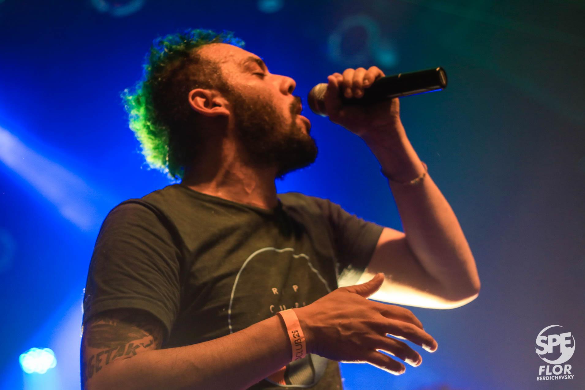 MUSTAFUNK - 01.06.19 @ NICETO CLUBLa banda, después de dos años sin presentarse en el venue, volvió a Niceto para repasar todo el groove de su discografía, incluída su última placa Culo (2018).