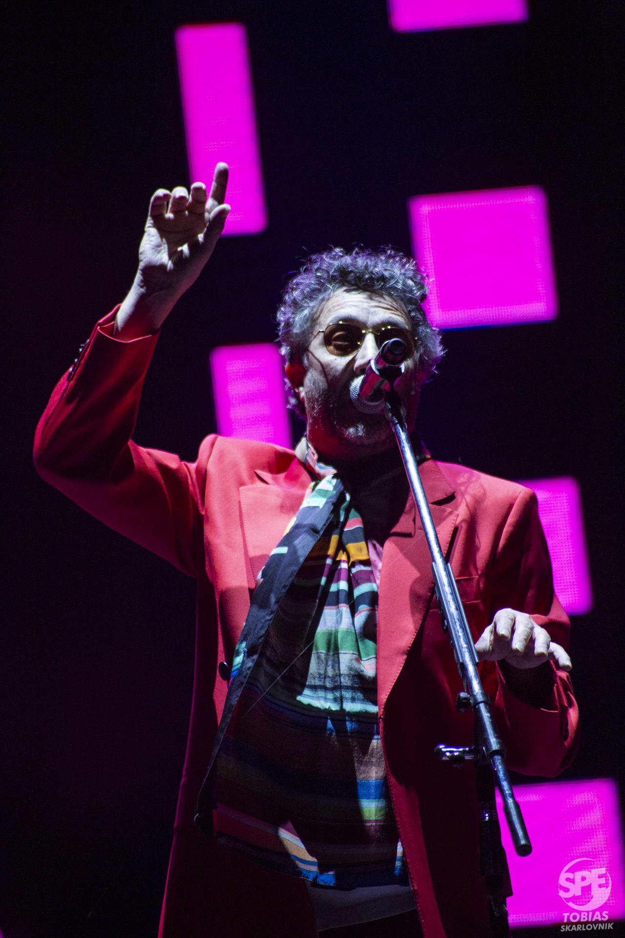Fito Paez (@fitopaezmusica) en su show en el marco del Movistar Fri Music, realizado el 9 de junio en el Hipodromo de Palermo de Buenos Aires, Argentina. 9 de Junio de 2019.Foto de: Tobias Skarlovnik
