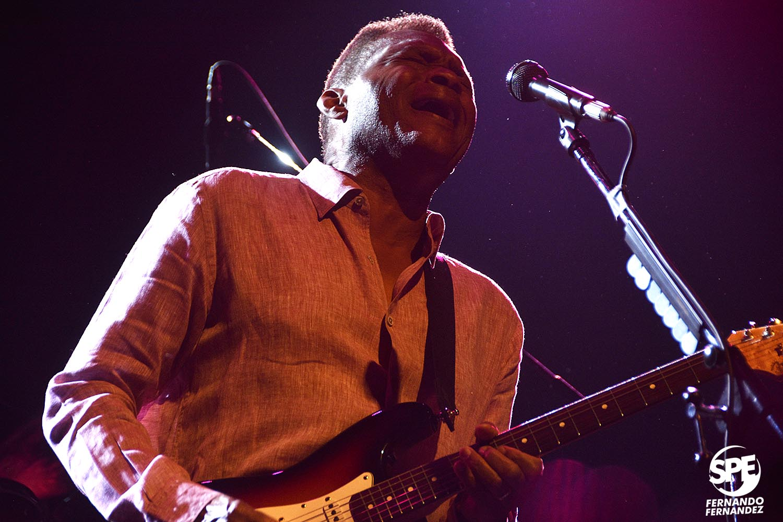 THE ROBERT CRAY BAND - 28.07.19 @ VorterixEl blues y el soul llegó de la mano del prodigioso guitarrista de Georgia.