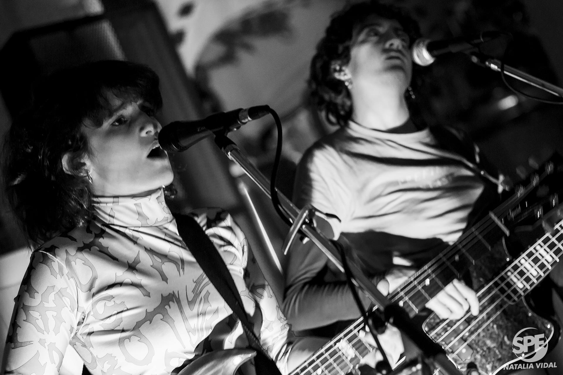 La banda Islas Mujeres se presentó en el evento sobre empoderamiento de la mujer impuslado por el Vodka Sky en el Bar Rabieta, ubiacado en el Hipodromo de Palermo, Buenos Aires, el jueves 01 de Agosto de 2019. 01 de agosto de 2019.Foto de: Natalia Vidal