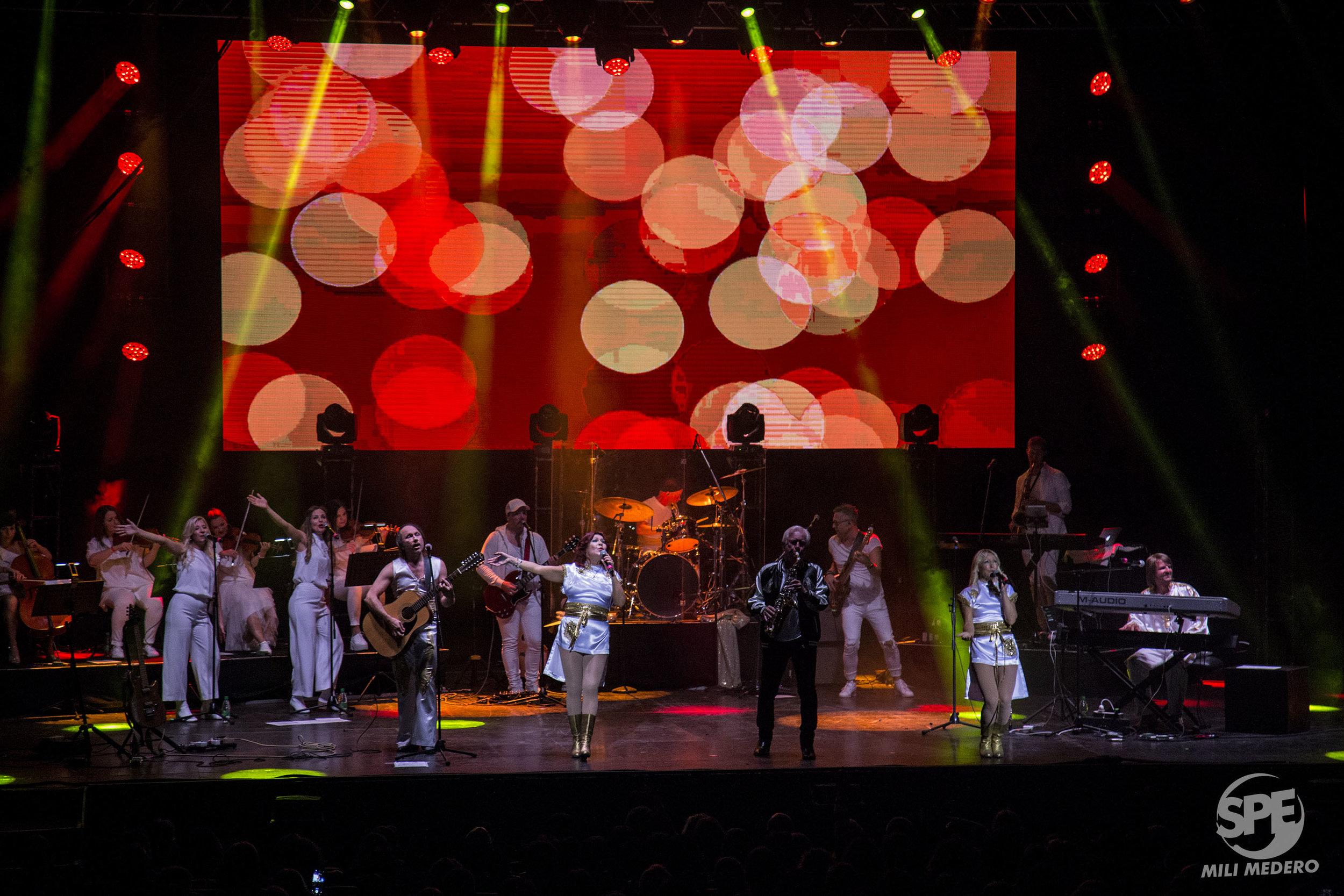 Integrantes de The ABBA Show, durante un show en el Teatro Gran Rex úbicado en la Buenos Aires, Argentina el dia Viernes 5 de agosto de 2019. The ABBA Show, rinde tributo a la mitica banda sueca de pop ABBA. 5 de agosto de 2019. Foto de: Milagros Medero