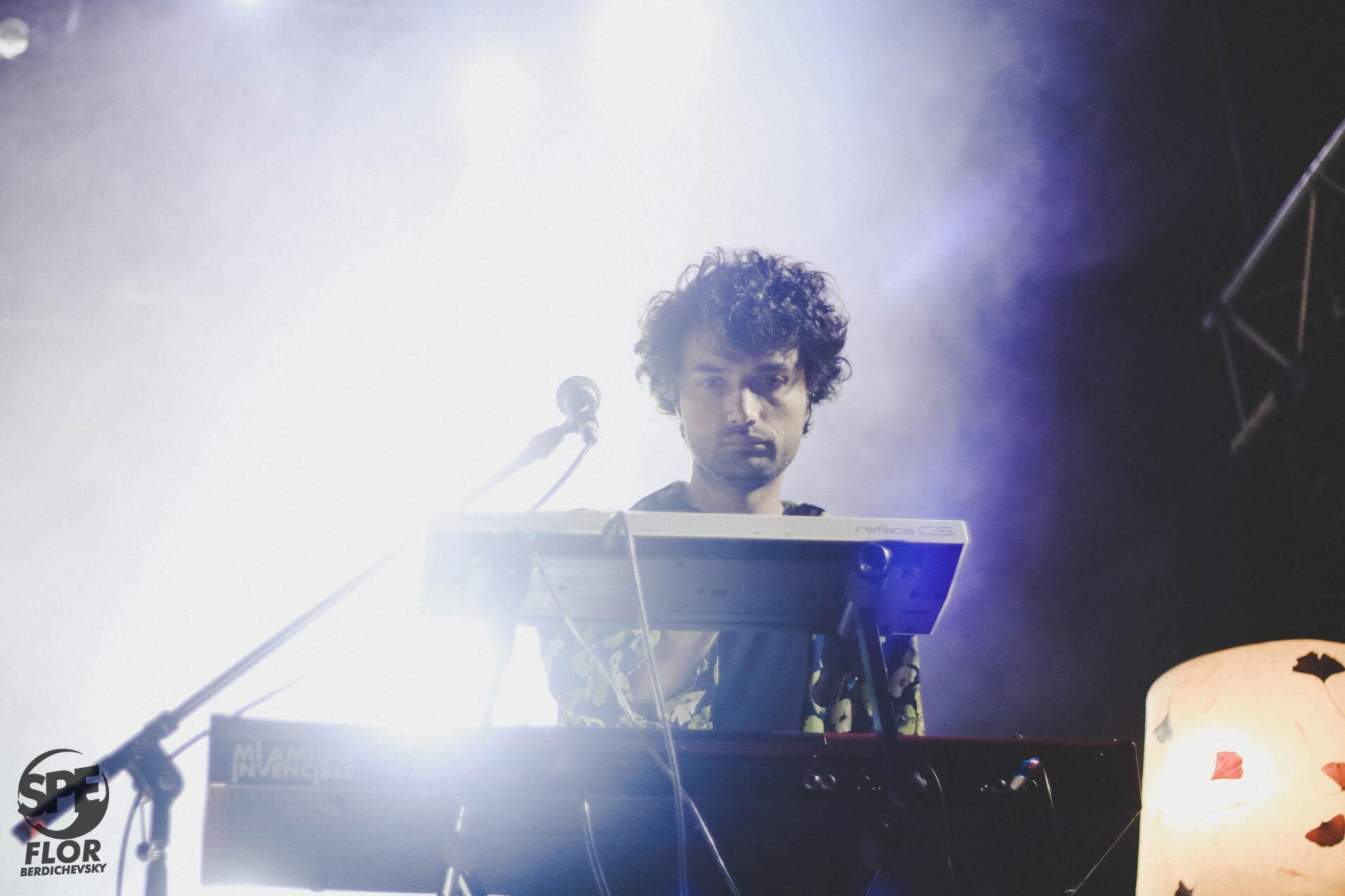 La banda Mi Amigo Invencible participa del Festival Futurock en el estadio Malvinas Argentinas, el 28 de Septiembre de 2019. El festival estuvo organizado por la radio Futurock. Foto de: Florencia Berdichevsky