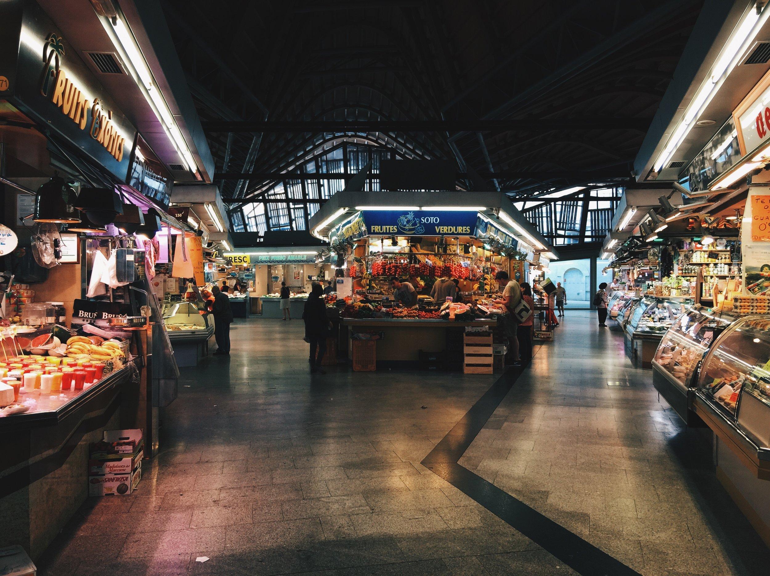 Plenty of room in Santa Caterina market
