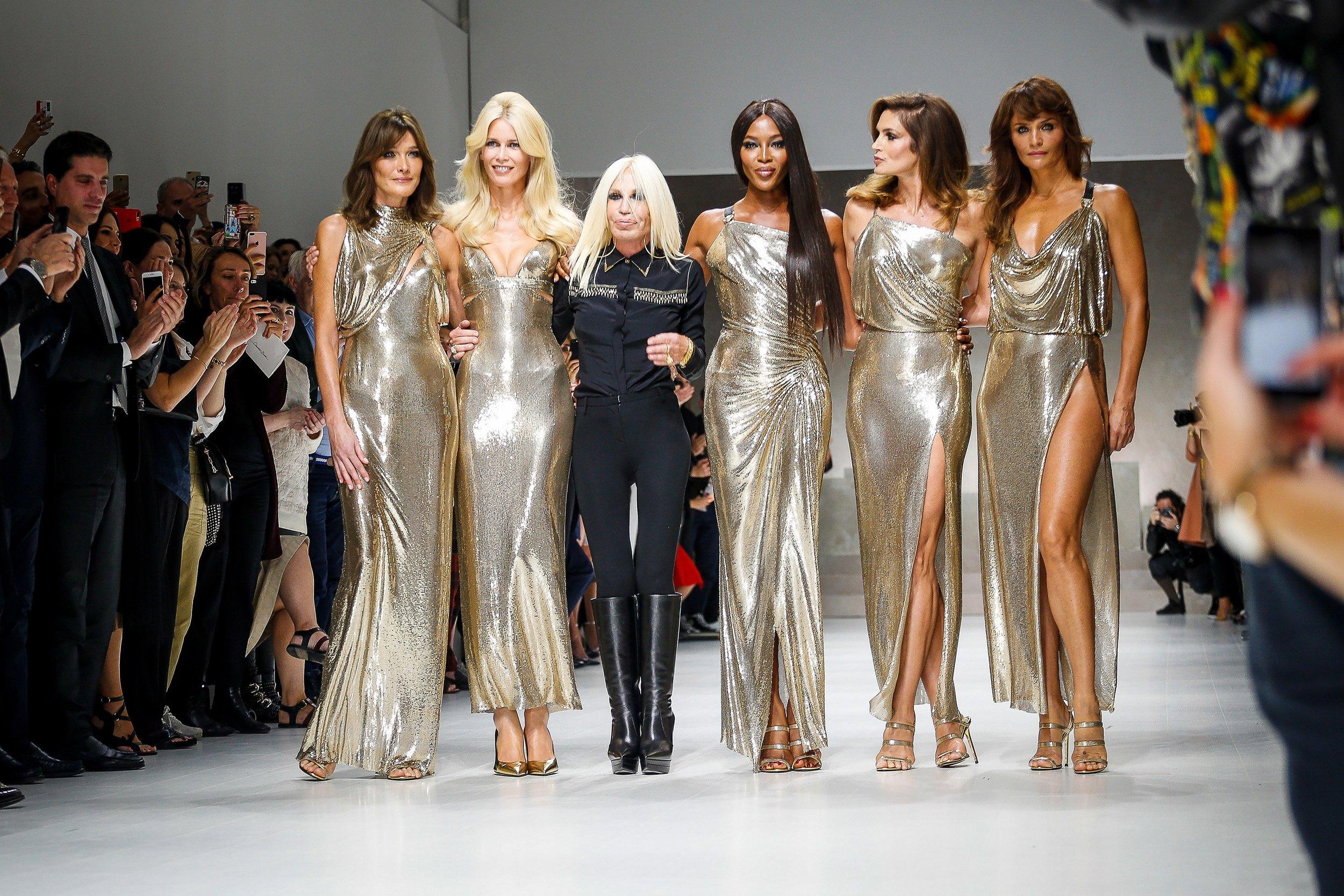 Versace the lengends.jpg