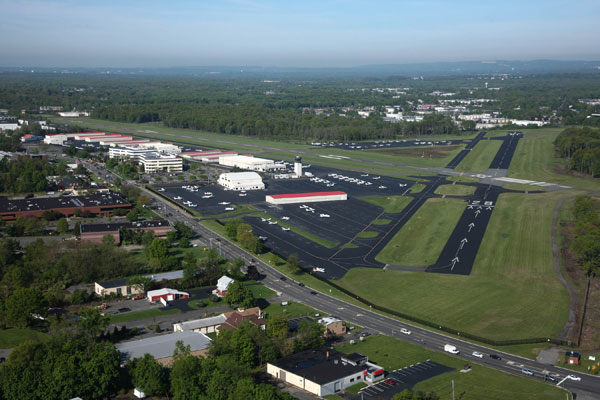 Our beautiful airport: Essex County Airport (CDW)
