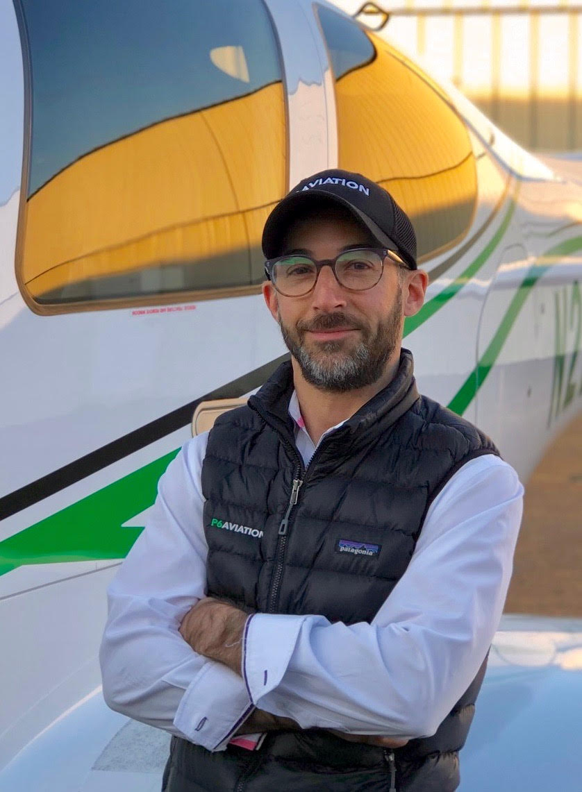 Peter Widry flight instructor.jpg