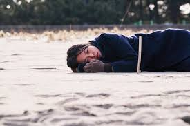Kim Min-hee in On The Beach at Night by Hong Sangsoo