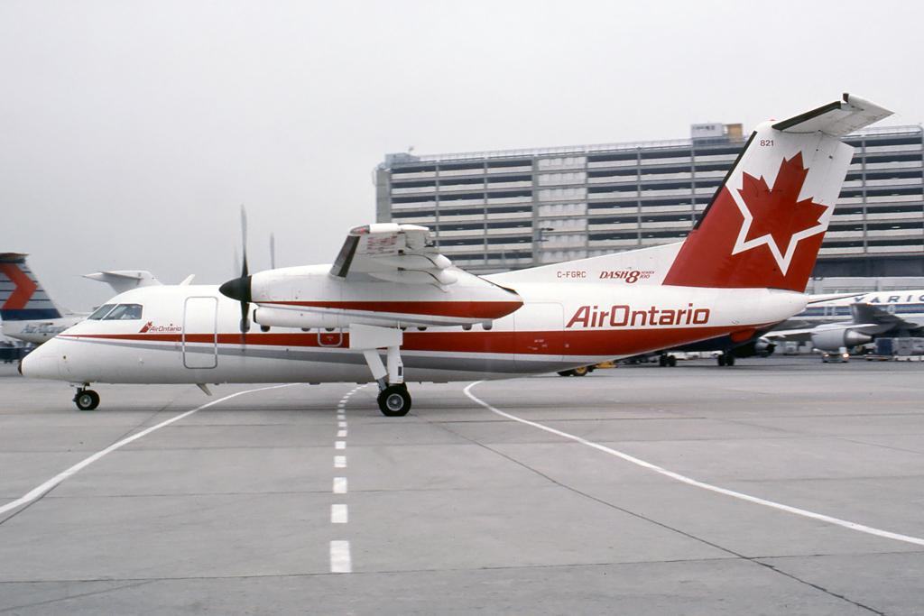 Kenneth I. Swartz/Aeromedia Communications Photo © Toronto-Pearson, ON Aug-1990