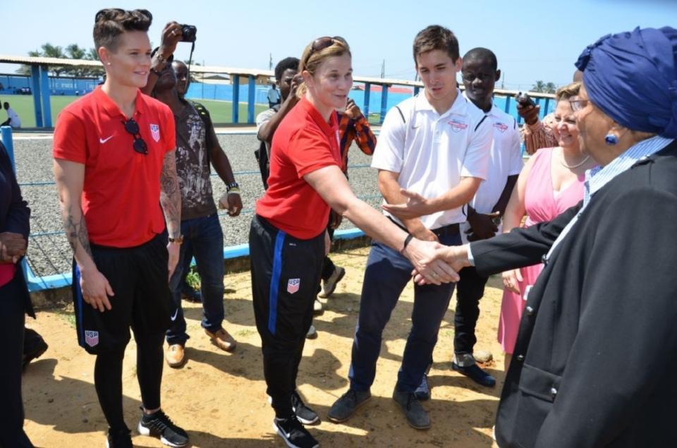 Sports Envoys and United States Women's National Soccer Team Coach Jill Ellis and Goalkeeper Ashlyn Harris meet with Liberia's President Ellen Johnson Sirleaf. 2016.
