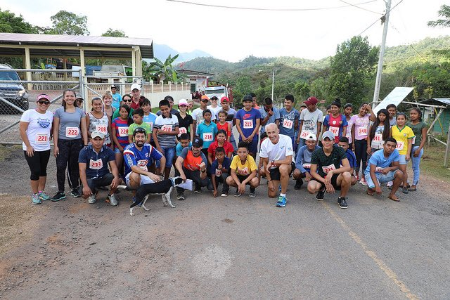 Group photo with all participants.