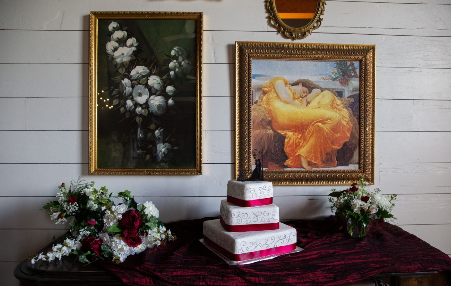 Wedding Cake Table at Chivaree on Park. Photo by  Dean's Photography