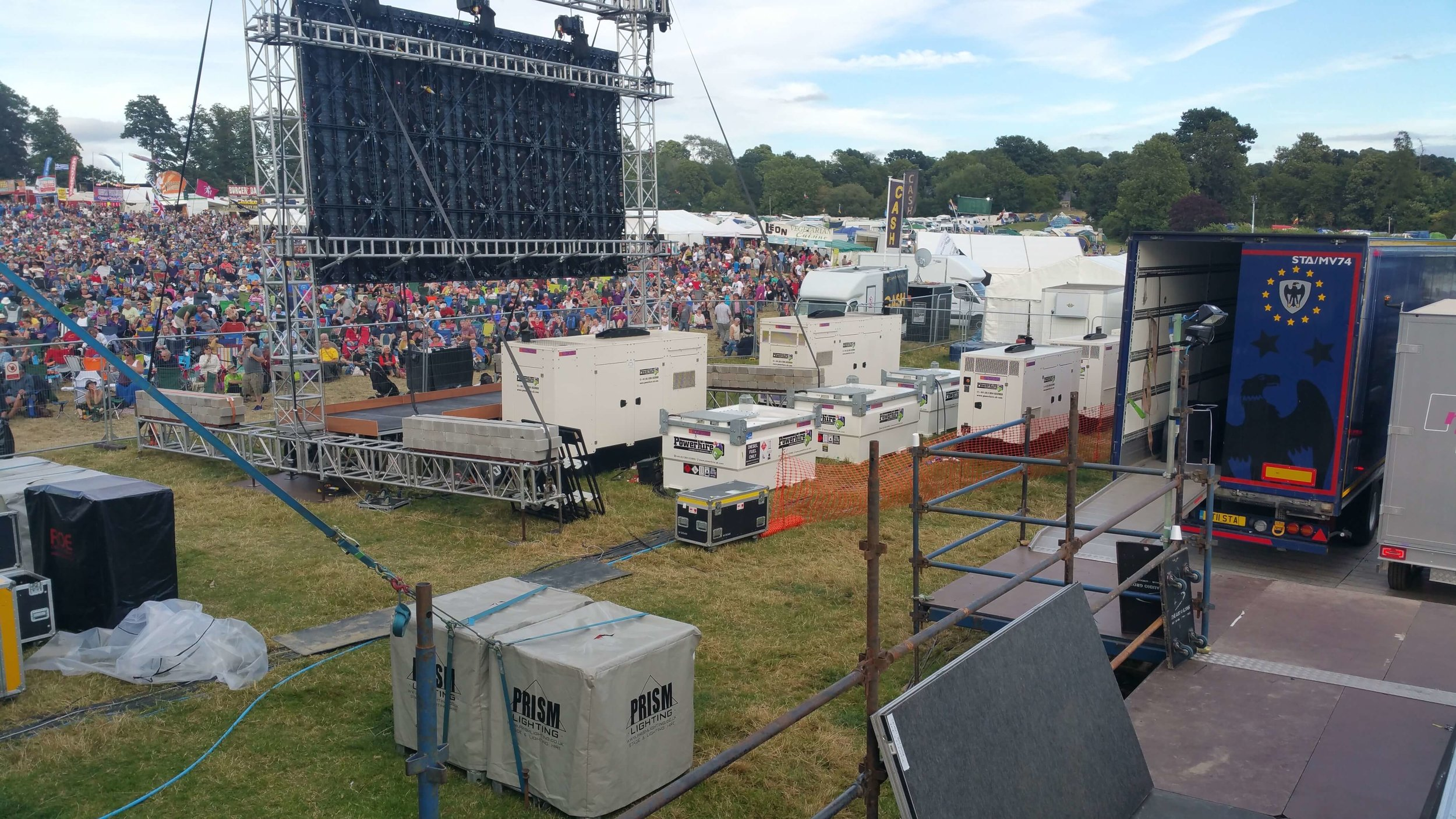 Festival-generator-power-at-Cropredy.jpg