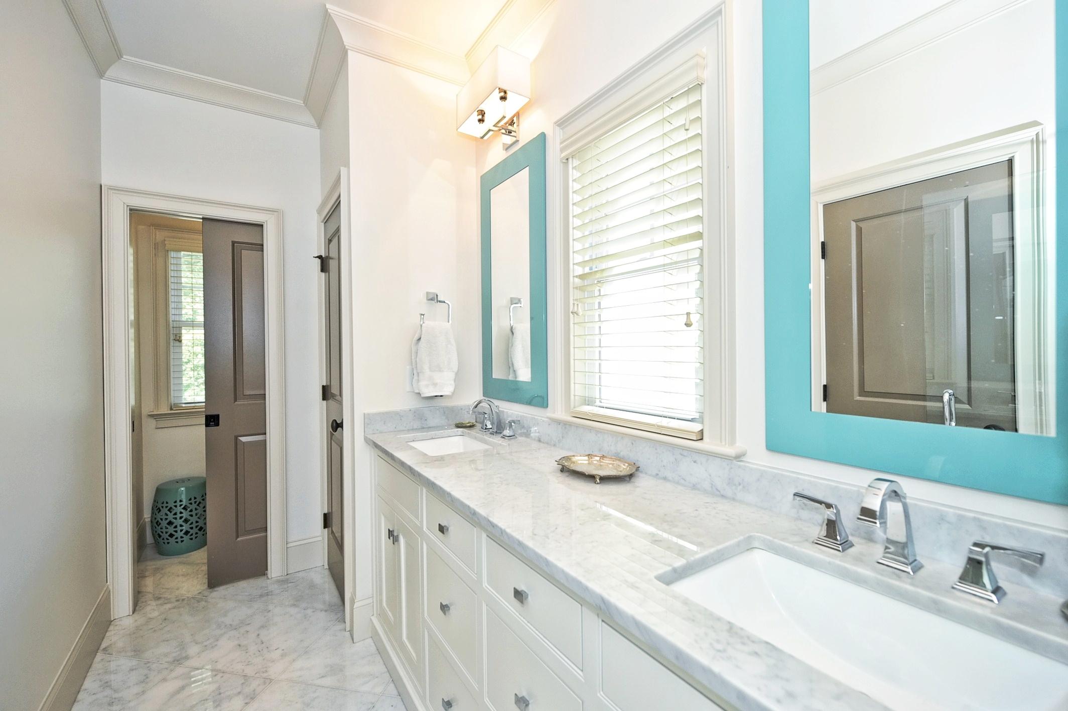 026_Master Bathroom.jpg