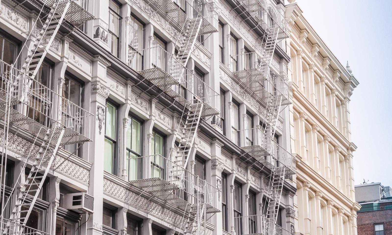 Soho-NYC-cast-iron-district-161031100517011-1600x960.jpg