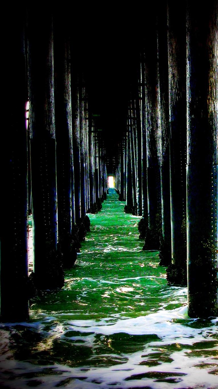 under pier green