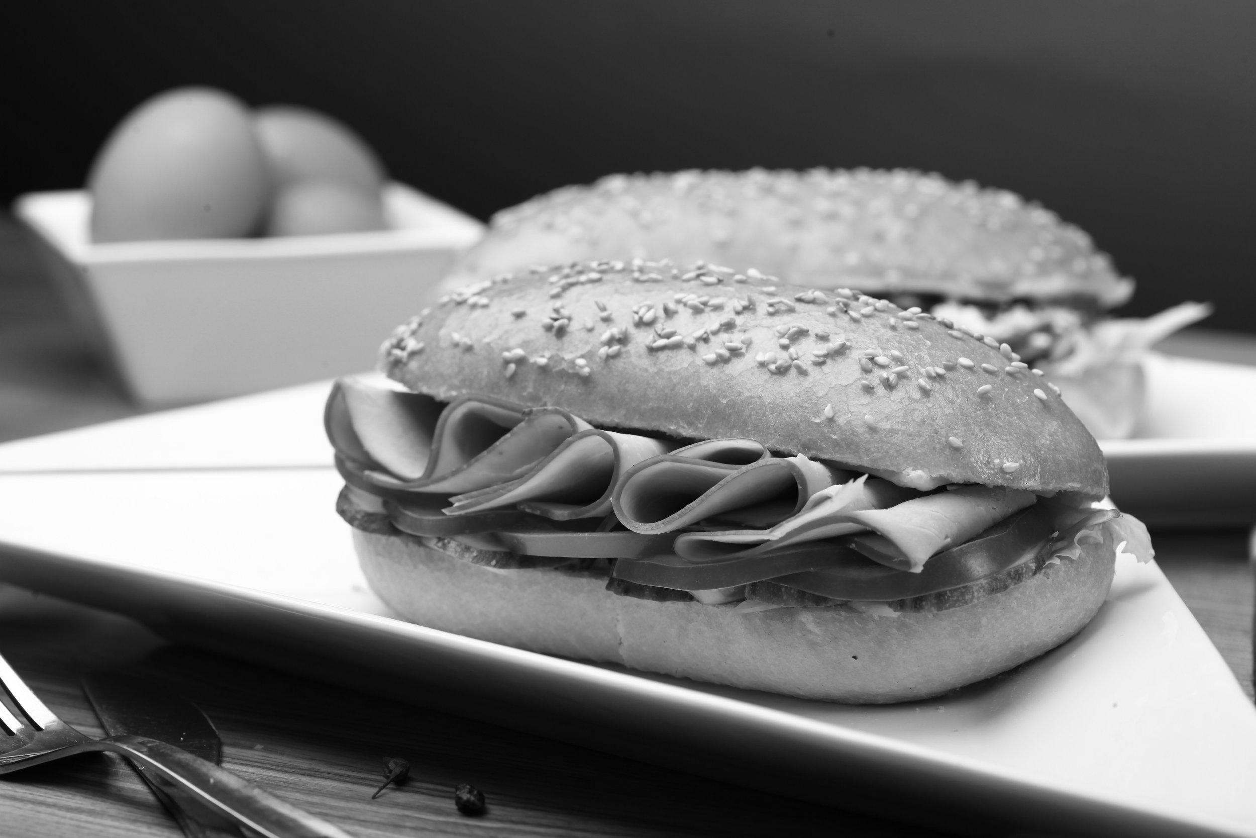 Sandwiches & Paninis