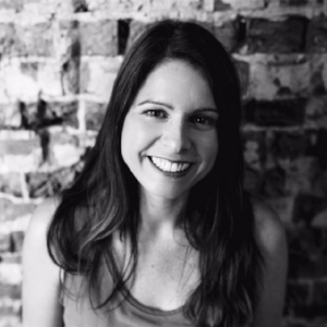Julie, BA (Hons), Dip ION, is a BANT registered Nutritional Therapist